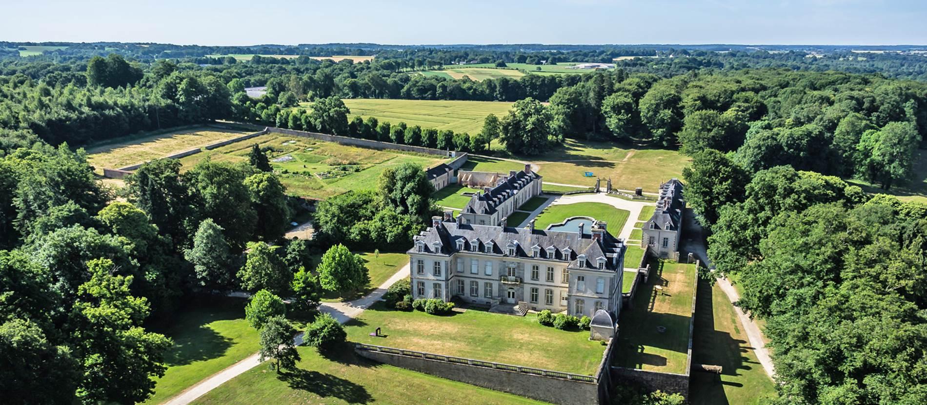 Domaine-de-Kerguehennec-Bignan-Morbihan-Bretagne-Sud © Domaine de Kerguéhennec. Photo www.abdrone.fr
