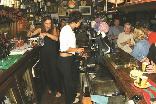 Bar The Galway Inn