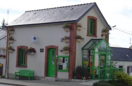 Location de vélos par l'Office de Tourisme du Pays du Roi Morvan
