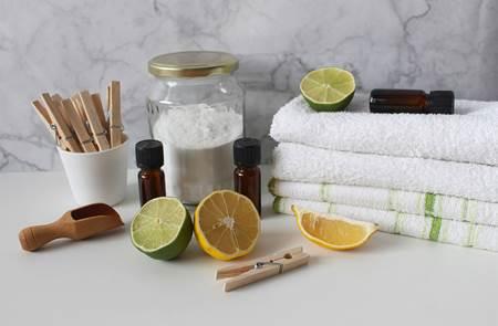 Faire ses produits d'entretien naturels
